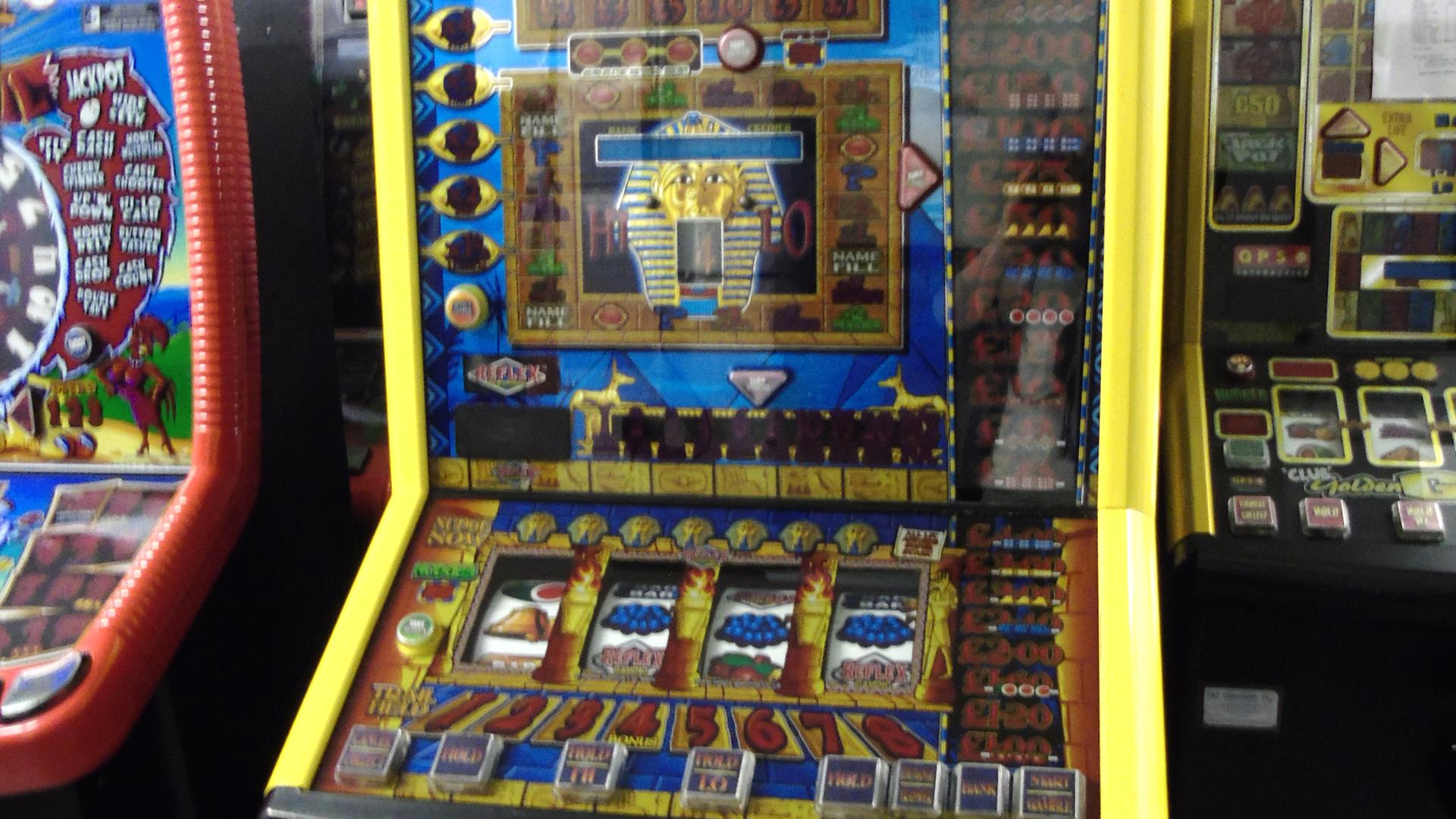 club fruit machine closeup